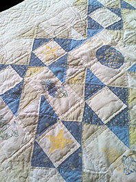 detail of pineapple quilt